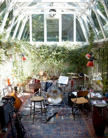 Room of the day greenhouse music studio space homejelly for Garden studio interiors