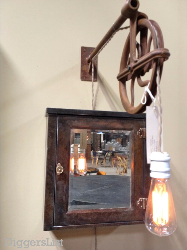 Pulley Light Fixture >> Steampunk Inspired Lights Are So Delish : HomeJelly