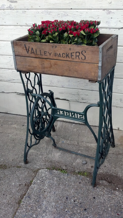 40 Ways To Repurpose An Antique Sewing Machine Base HomeJelly Gorgeous Sewing Machine Treadle Base