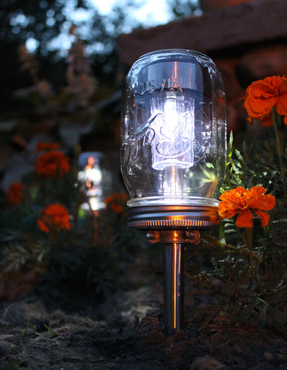Jelly jar solar garden light