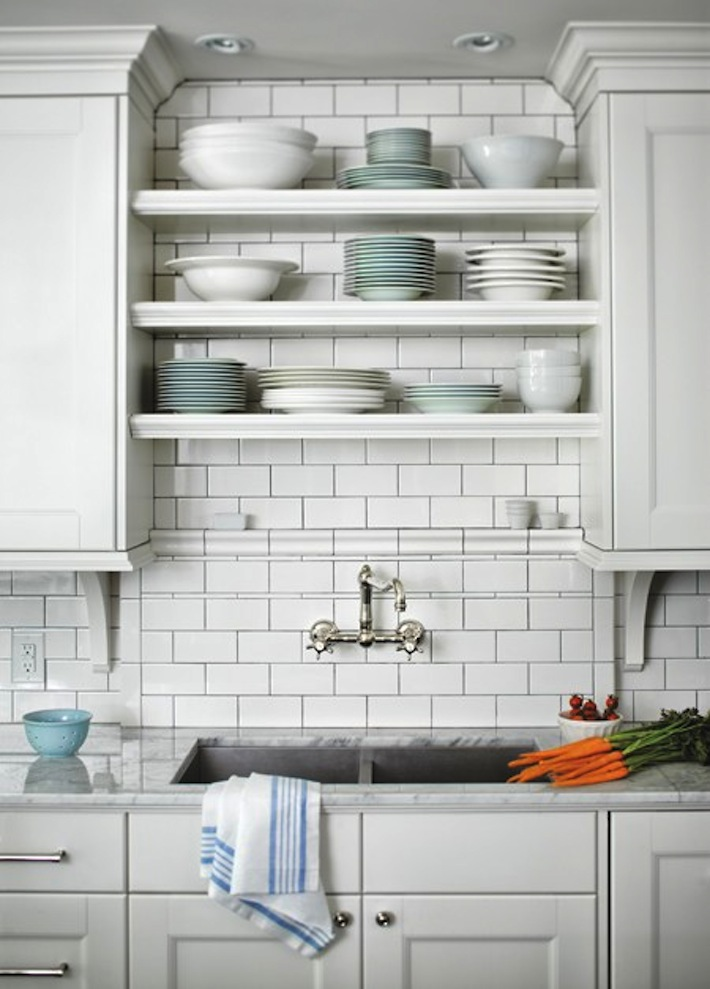 5 Space Saving Tips For Small Kitchens : HomeJelly
