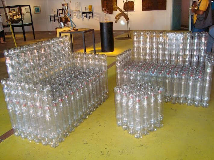 Upcycled plastic bottles are green funktional homejelly for Sofa upcycling