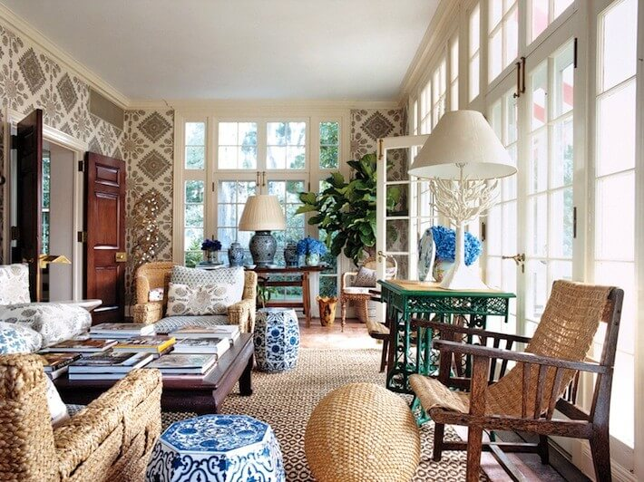 tory+burch+vogue+sun+room+solarium+woven+chairs+blue+white+chinese+garden+stools+quadrille+linens