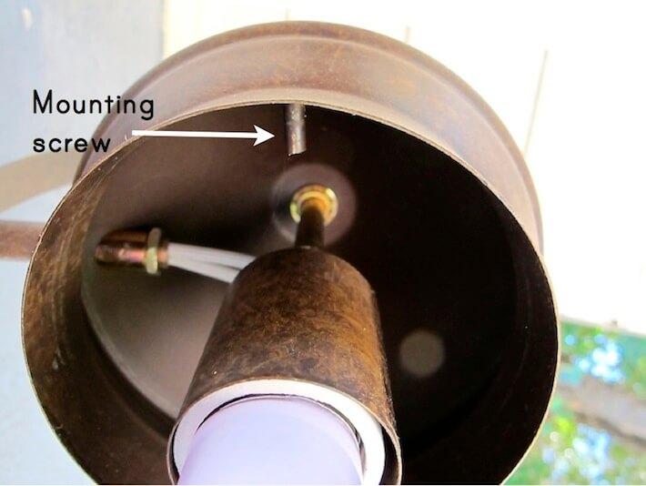 Locating mounting screw