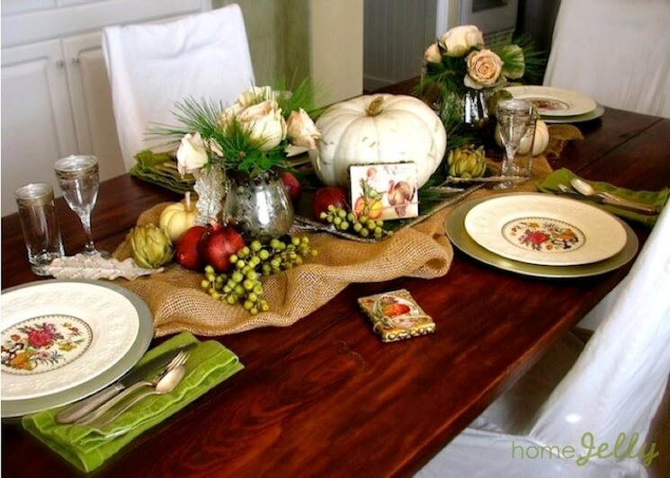 Rustic romantic Thanksgiving table