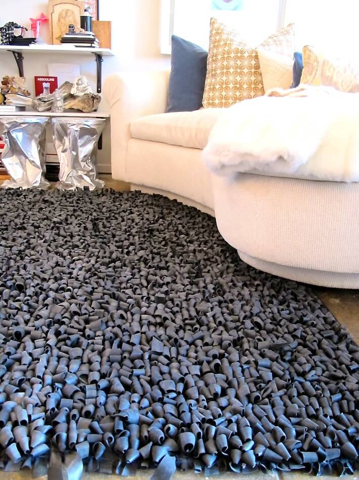 Rubber tire rug