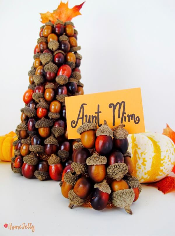 Fall, fun and festive acorn name plate holder AND centerpiece