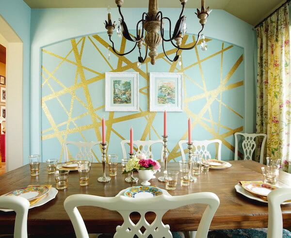 1dining-room-feature-wall-with-paint-and-gold-leaf